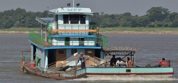 Sejltur på Irrawaddy-floden