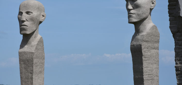 Dodekalitten, et kæmpestort kunstværk på Lolland