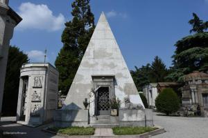 5pyramide